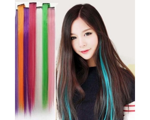 Полная палитра: когда придется кстати цветное наращивание волос